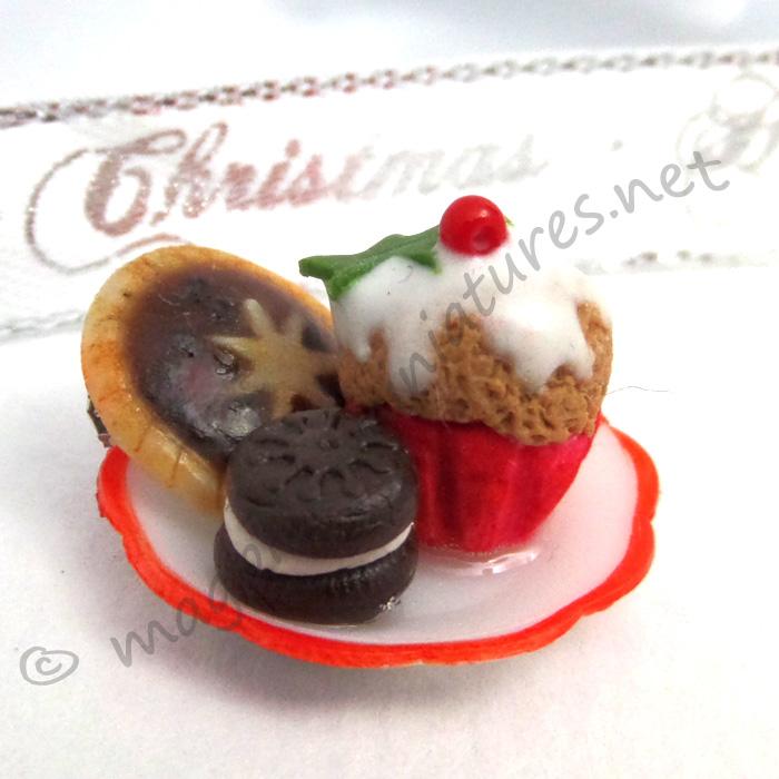 Christmas treat plate