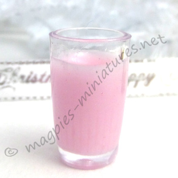 SECONDS Milkshake - Strawberry TO CLEAR