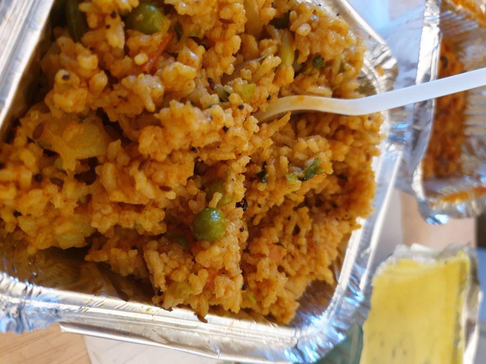 Shree Siddhi Vinayak Tiffin and Catering Services pulav kadhi