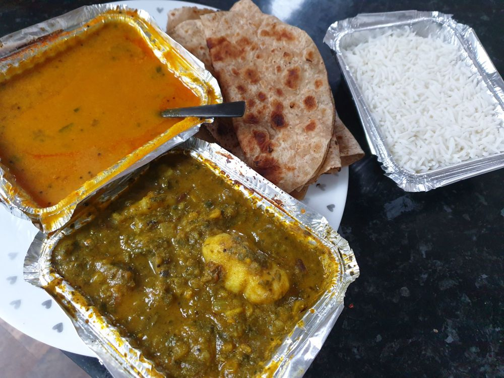 Shree Siddhi Vinayak Tiffin and Catering Services daal aloo palak chapati r