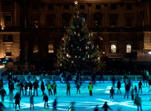 somerset house ice skating pic
