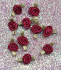 Ribbon Rosebuds