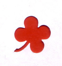 Small Button Punch - Clover