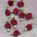 Ribbon Rosebuds Burgundy