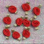 Ribbon Rosebuds Red
