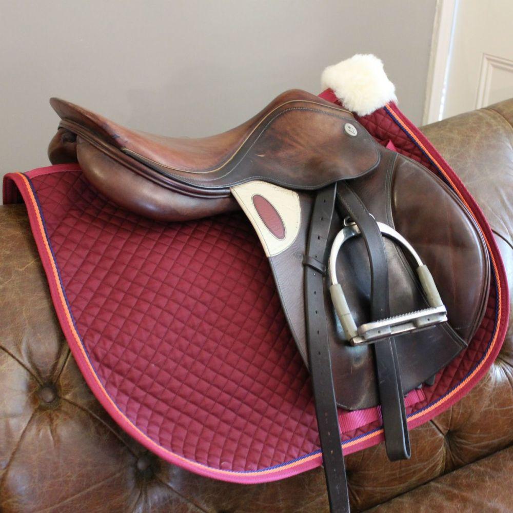 <!-- 0013 -->Custom Made Piped Saddle Cloth