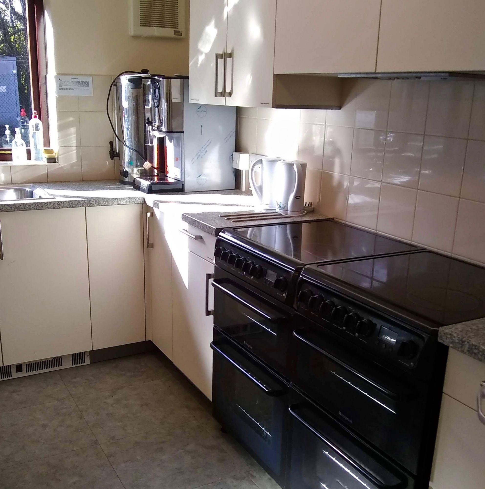 0 AB kitchen3 Oct 2020.jpg