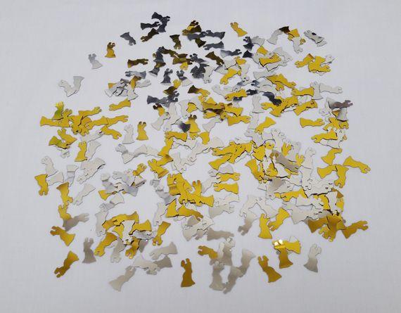 Bride-&-Groom-Table-Confett