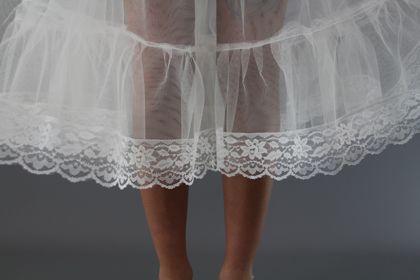 Ivory-Lace-Edge