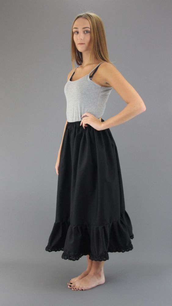 Black-Cotton-Petticoat-Brod