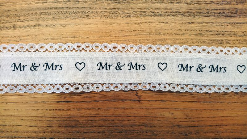 <!-- 003 -->Mr & Mrs Luxury Lace Edged Ribbon