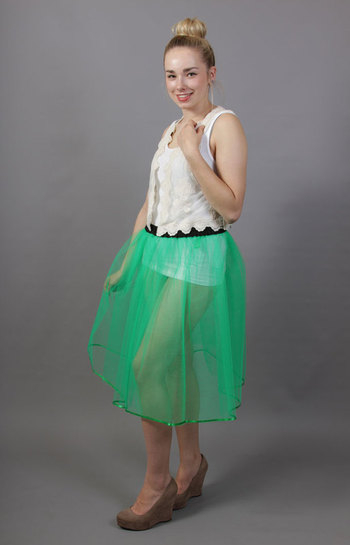 A93 Jade Green Net Underskirt Edged With Satin