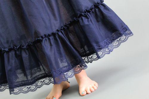 Petticoat-Lace-Edge-Trim