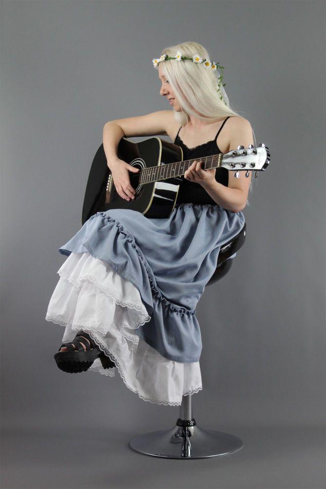 Denim-Chambray-Over-Petticoat