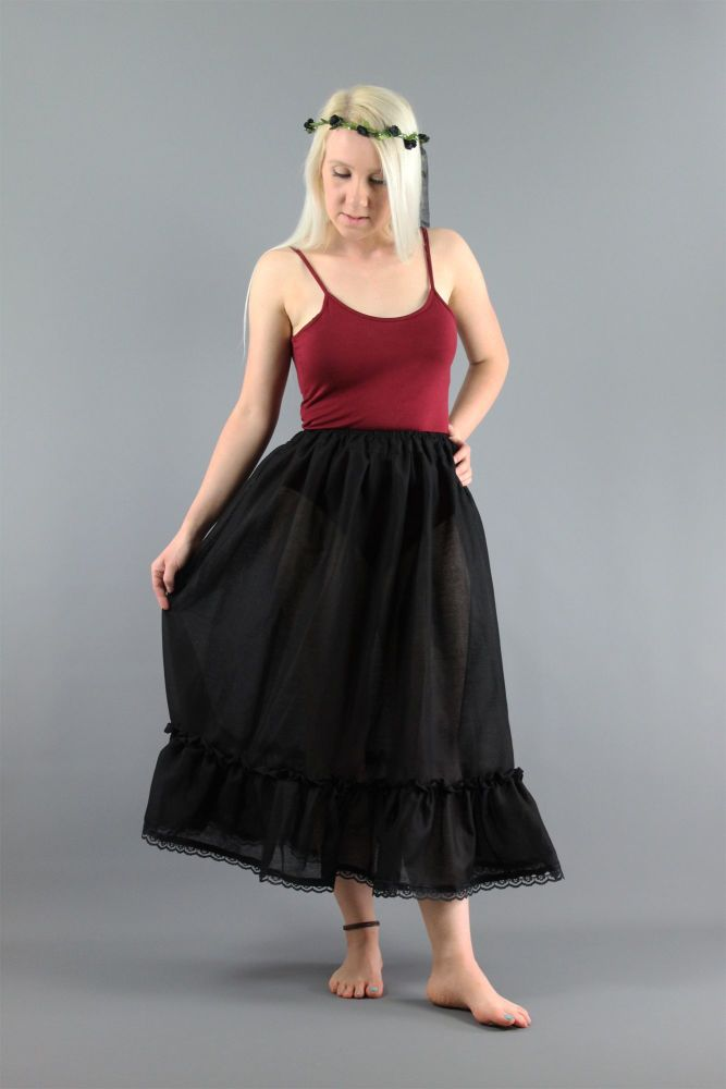 Black-Cotton-Skirt-With-Lace