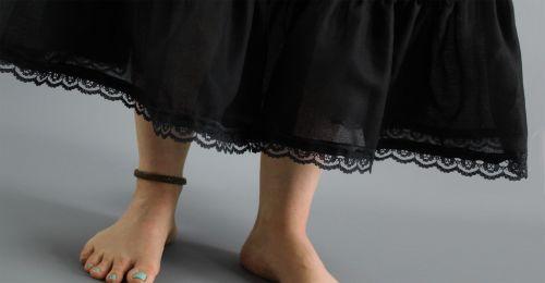 Black-Petticoat-Lace-Trim