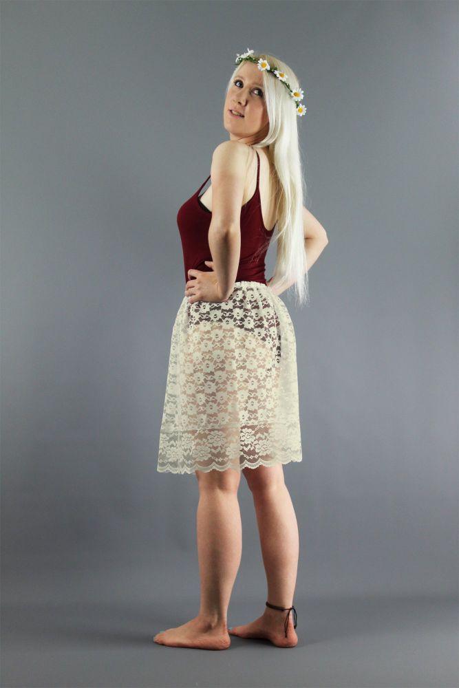 Simple-Ivory-Lace-Slip