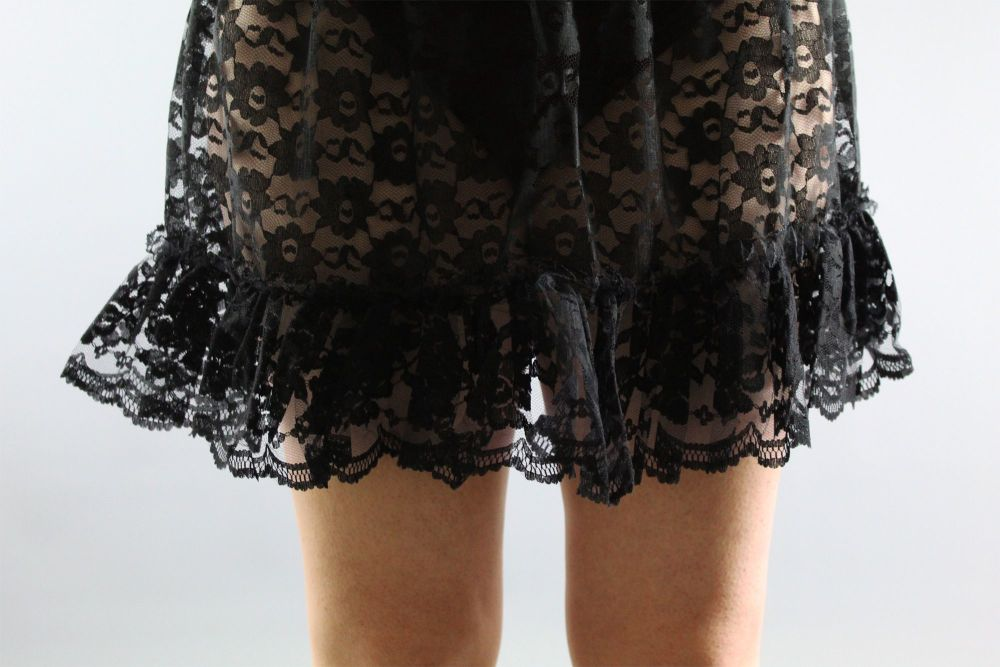 Mini-Black-Lace-Skirt
