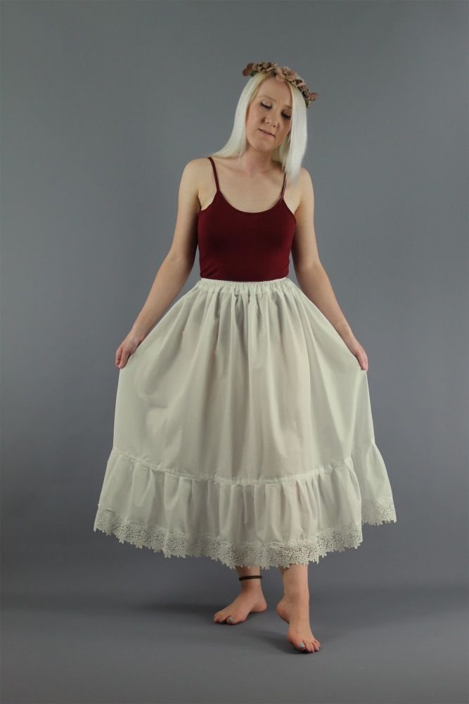 Ivory-Guipure-Lace-Skirt