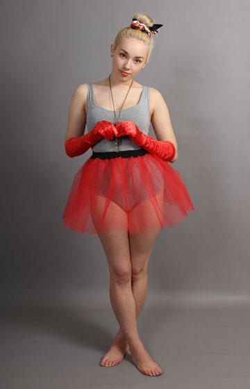 E9 Short Red Net Skirt