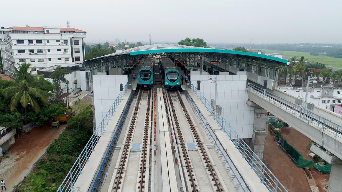 Image showing trains at station on the Bangalore Metro