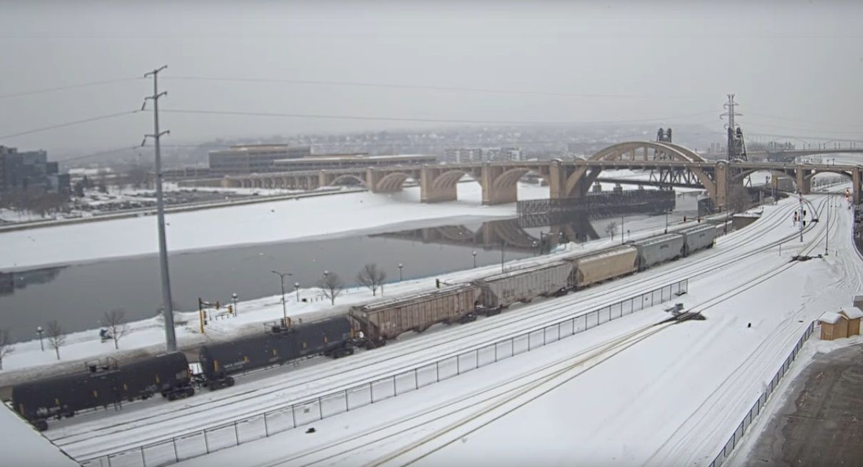 Clickable image taking you to the Union Depot, St Paul webcam