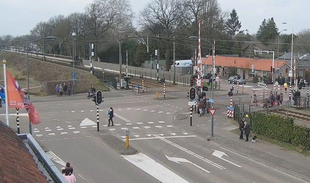 Clickable image taking you to the Mierlo-Hout webcam