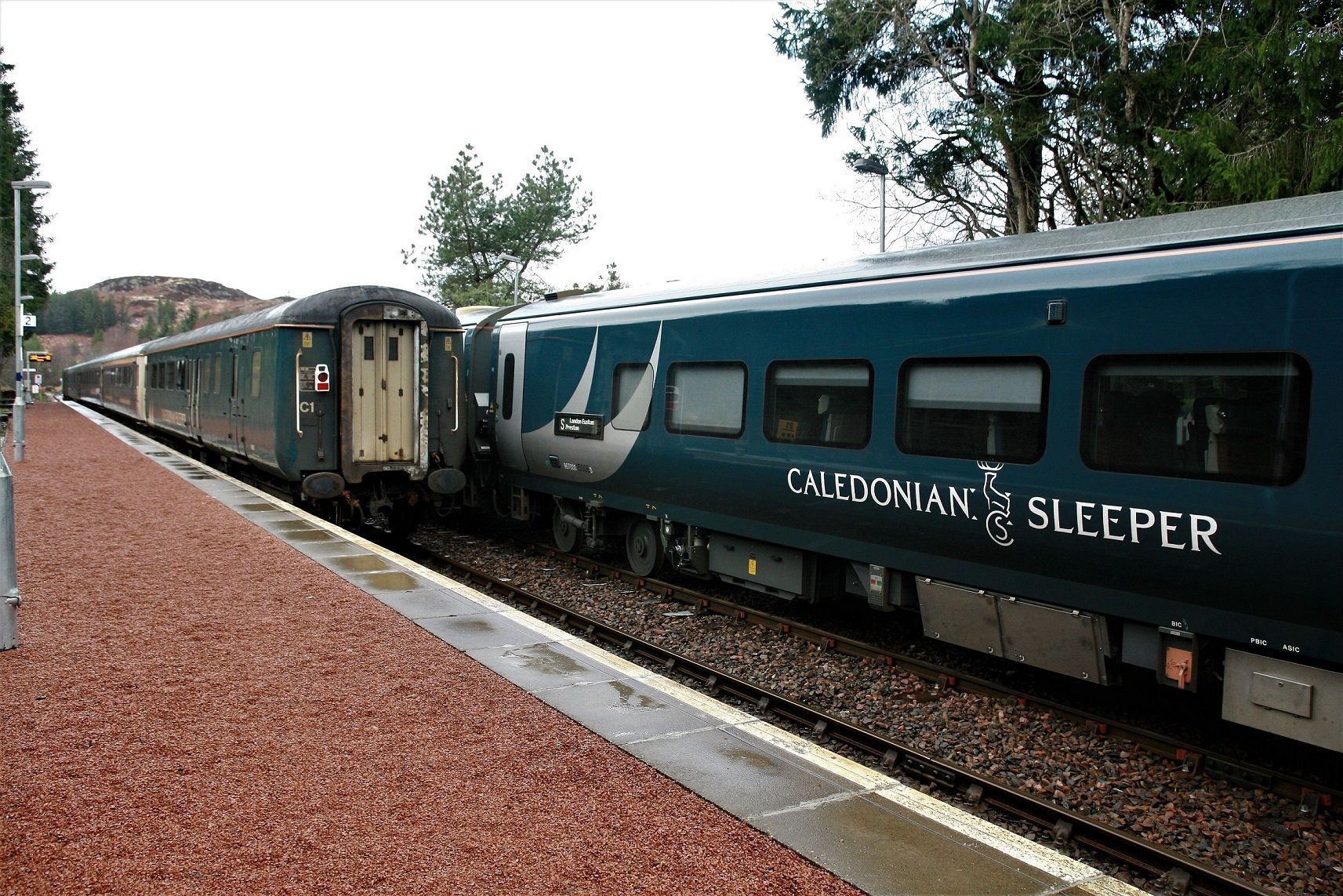 Image showing both Mk3 and Mk5 Caledonian Sleeper vehicles at Tulloch