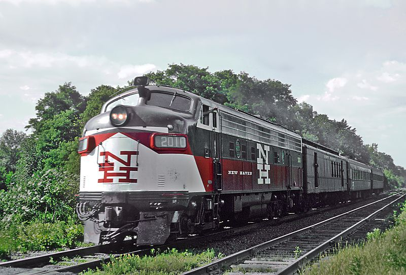 Image showing the EMD FL9 locomotive in New Haven livery