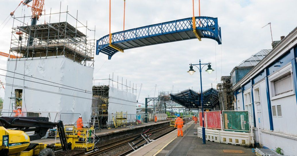 Image showing work to install footbridge at Stirling station