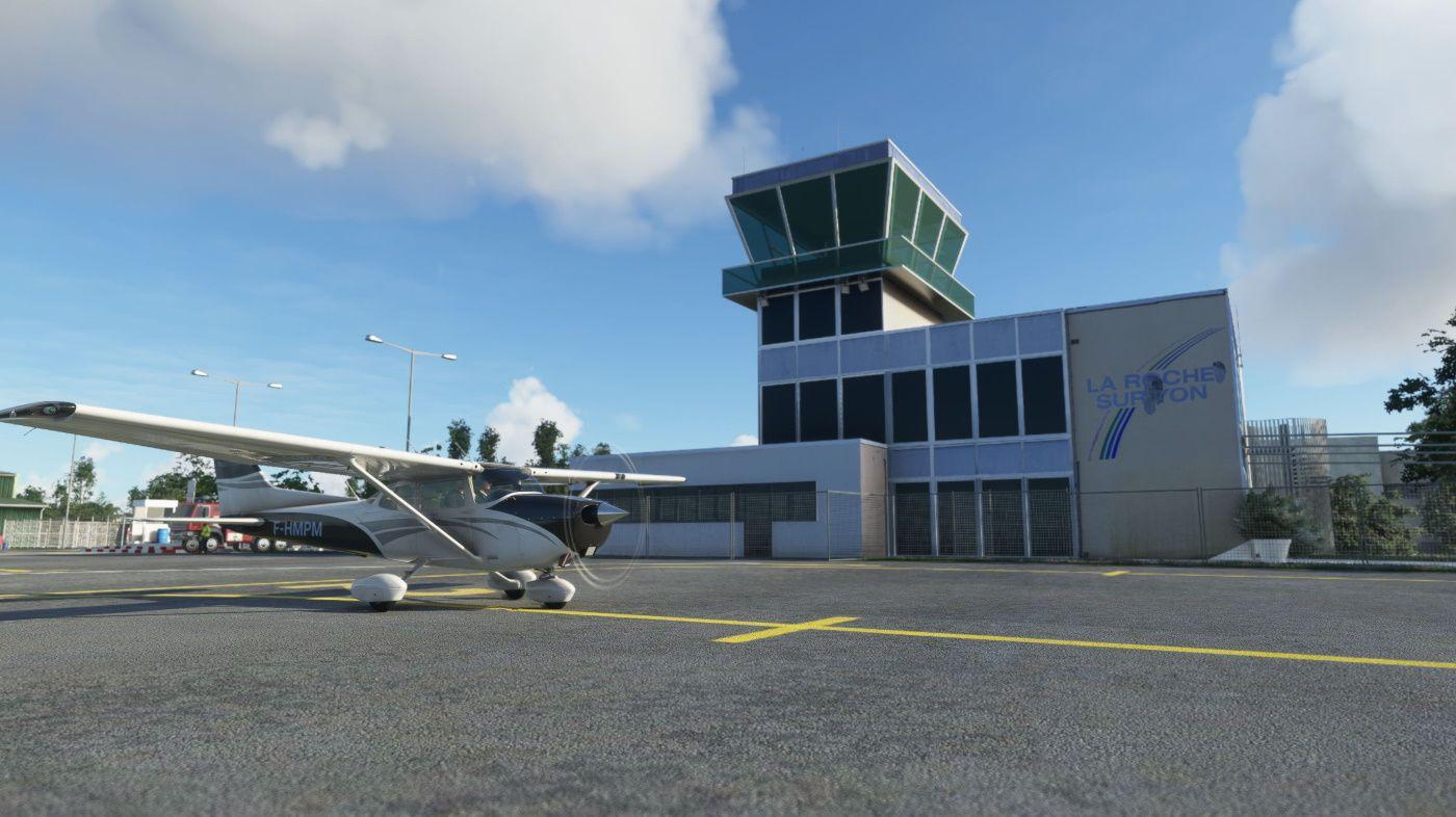 MSFS La Roche-sur-Yon Airport