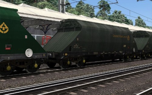 Image showing screenshot of a free repaint of rolling stock included with the EWS Class 66 v2.0 Loco Add-On DLC