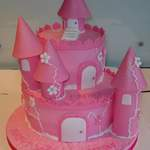pink sparkly castle cake