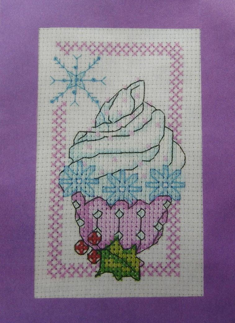 Festive Snowflake Cupcake card ~ Cross Stitch Chart