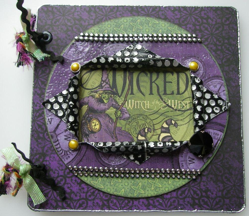 *wicked witch of the west* Handmade Halloween Scrapbook Photo Album