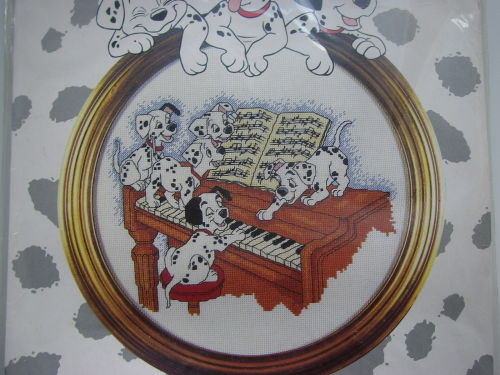 Designer Stitches: F21 101 Dalmatians Piano Time ~ Cross Stitch Kit