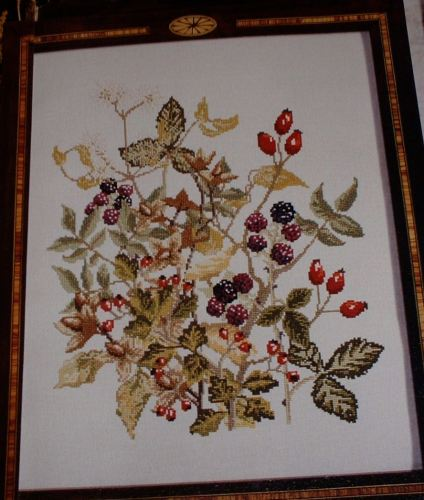 Autumnal Berries Firescreen ~ Cross Stitch Chart