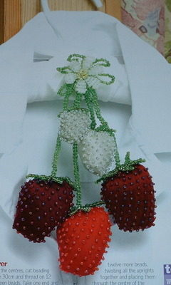 Beaded Strawberry Clothes Hanger Scenter ~ Embroidery Pattern
