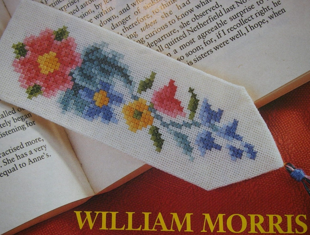 William Morris Style Bookmark ~ Cross Stitch Chart