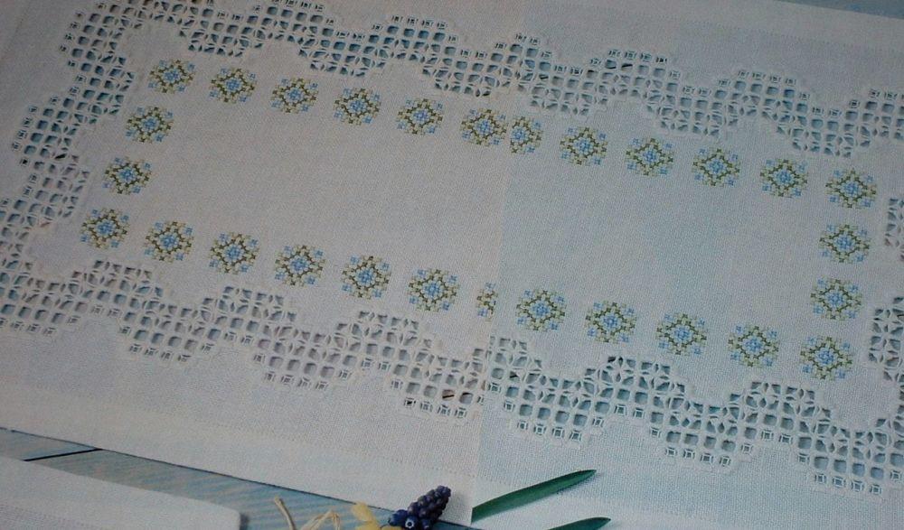 Hardanger Runner & Table Mat ~ Hardanger Pattern