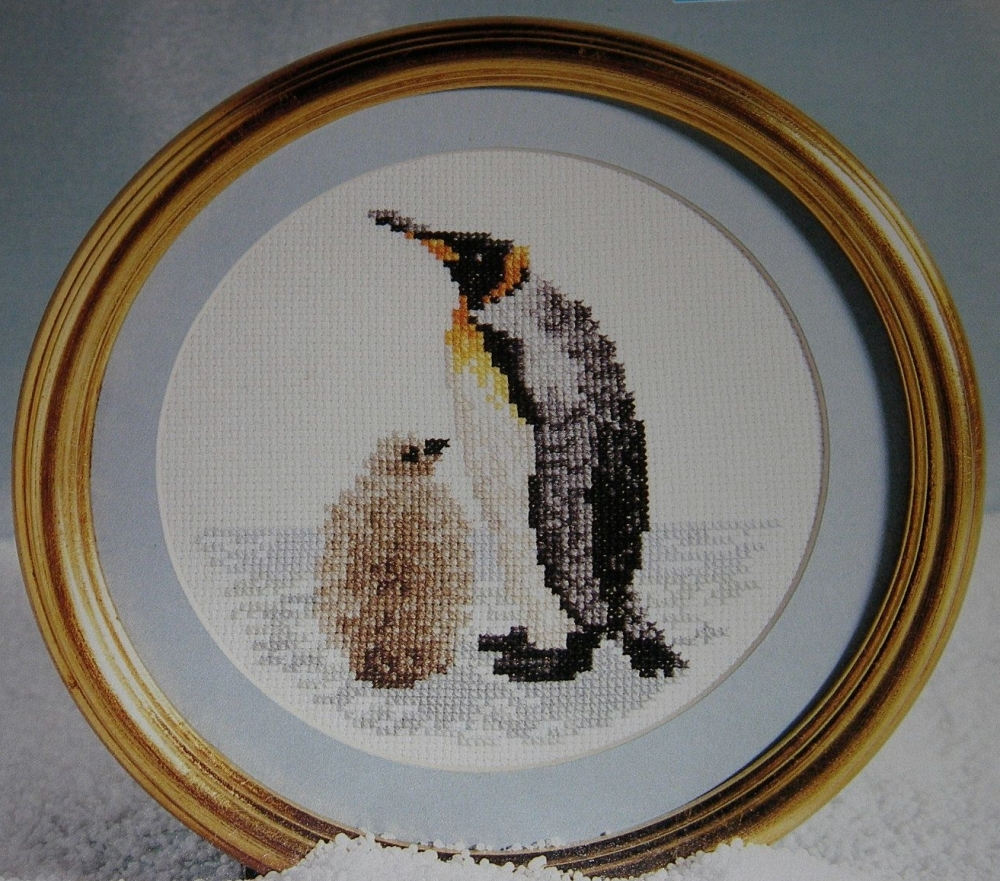 Falkland Islands King Penguin & Young ~ Cross Stitch Chart
