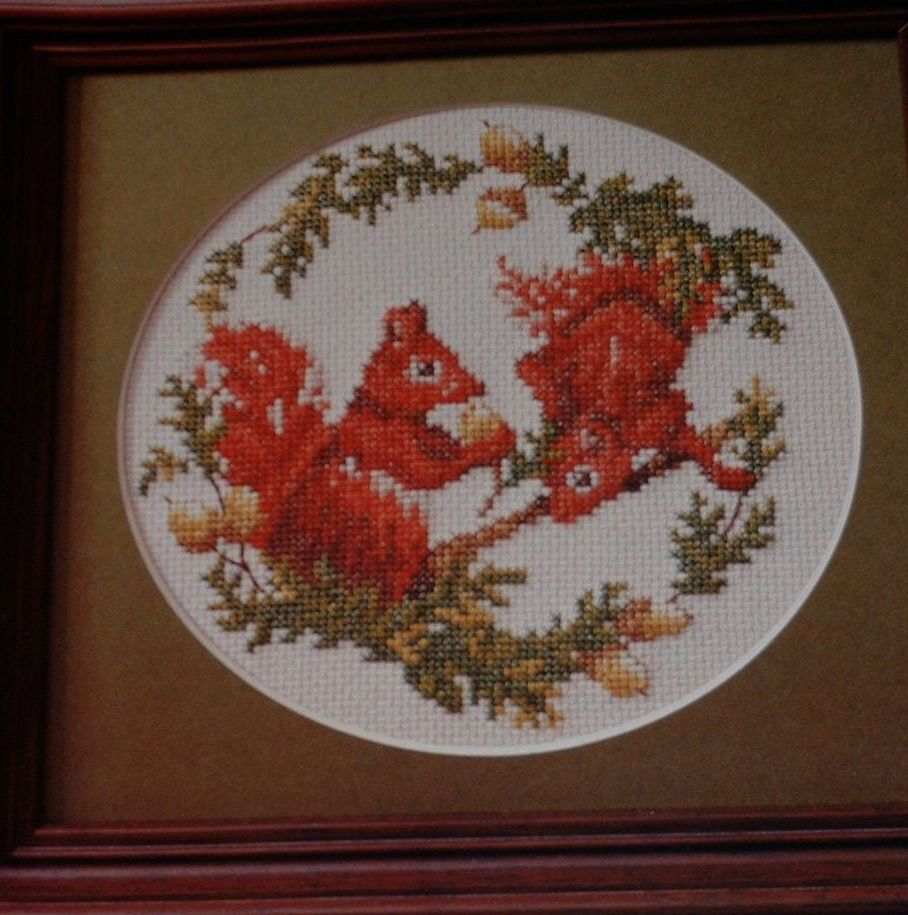 Two Red Squirrels amongst the Acorns ~ Cross Stitch Chart