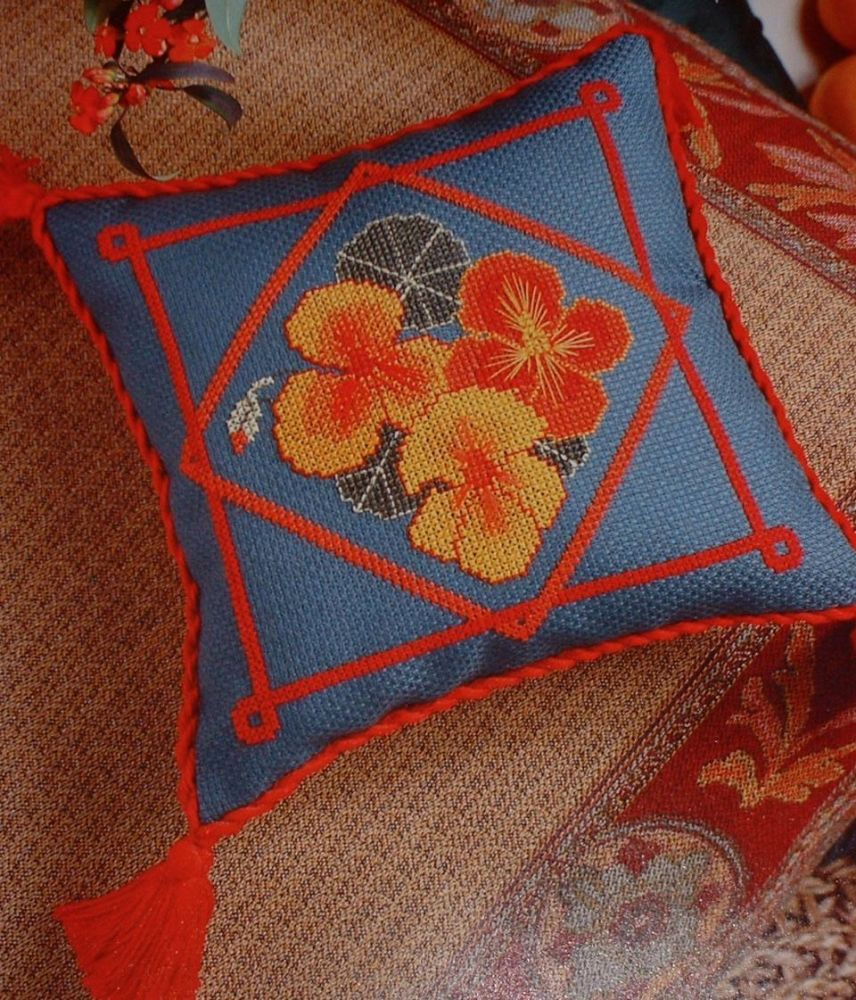 Nasturtium Cushion ~ Cross Stitch Chart