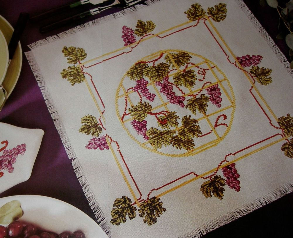 Grapevine Napkin and Placemats ~ Cross Stitch Chart