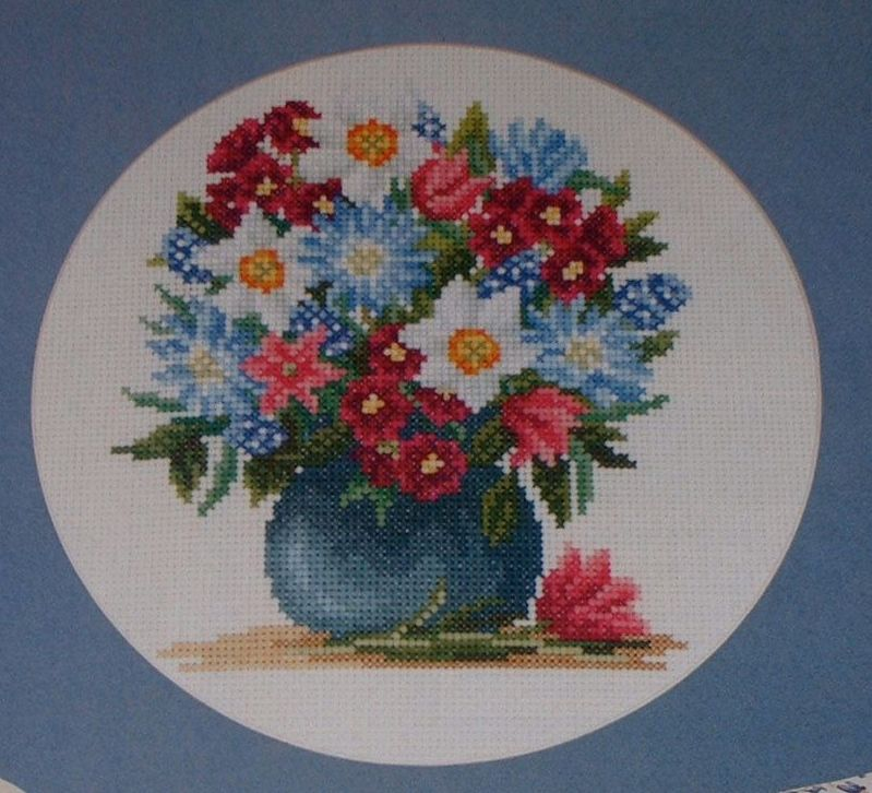 Bouquet of Spring Flowers in a Vase ~ Cross Stitch Chart