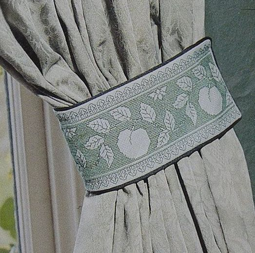Apple Assisi Curtain Tie Back Banding ~ Cross Stitch Chart