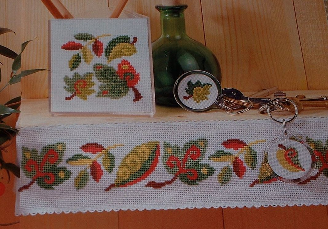 Leaf Patterns ~ Five Cross Stitch Charts