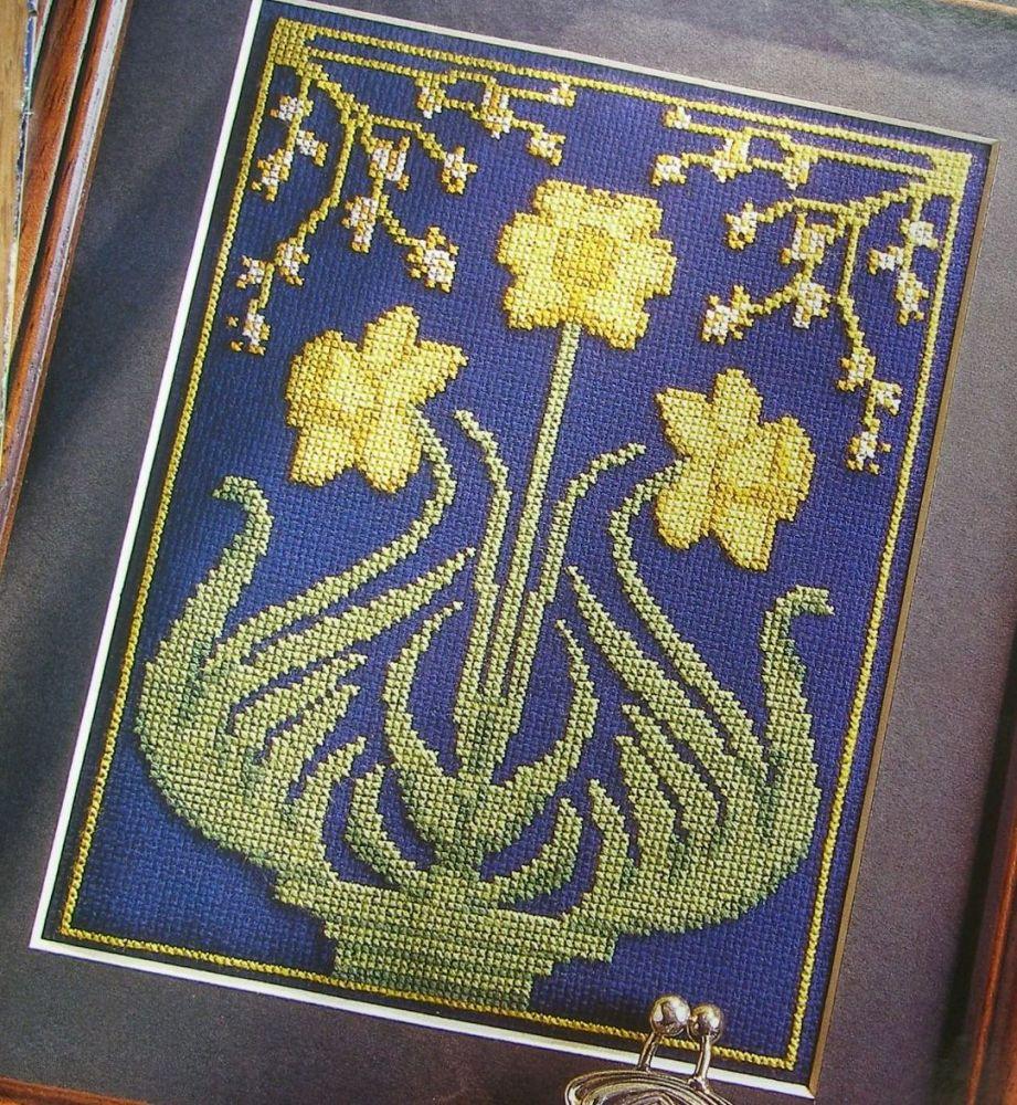 Art Nouveau Style Daffodils ~ Cross Stitch Chart