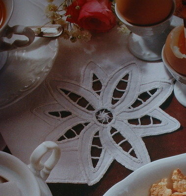 Cutwork Flower Napkin ~ Cutwork Embroidery Pattern