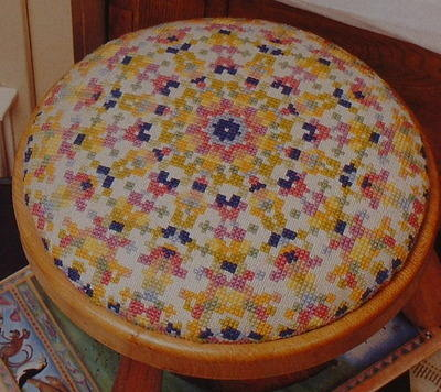 Child's Stool Top & Dolls House Stool Top: Smyrna & Petit Point Charts